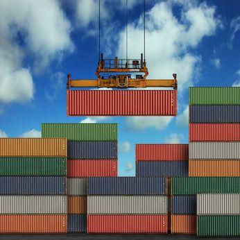 Pénurie de conteneurs : CMA CGM augmente sa capacité entre l'Asie et l'Europe