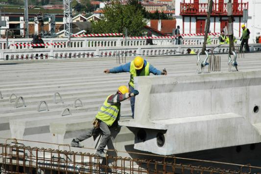 Risques de crédit : la construction, la chimie et le papier-bois inquiètent en Asie (Coface)