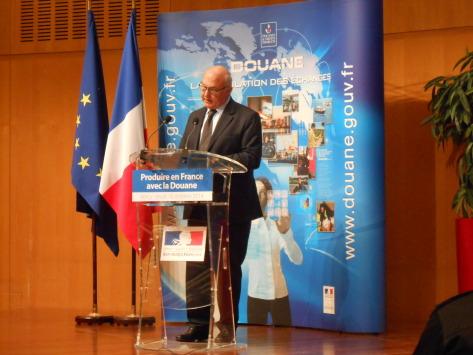 """Dossier Douane : comment """"produire en France"""" et être compétitif"""