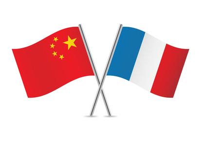 France-Chine : Manuel Valls met la priorité sur le rééquilibrage des relations économiques