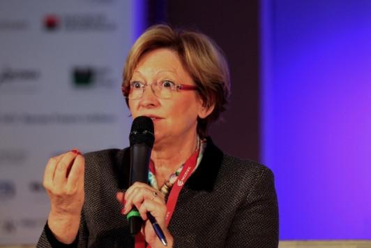 Forum Afrique 2015 : la RSE est une « preuve de différenciation » face à la Chine selon Nicole Notat