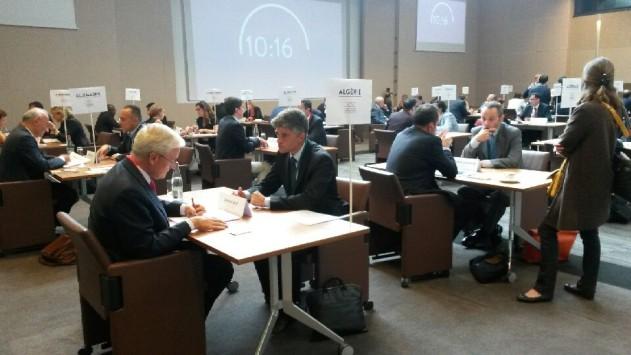"""Diplomatie économique : 457 PME en tête-à-tête avec 169 ambassadeurs lors du premier """"speed-dating"""" du Quai d'Orsay"""