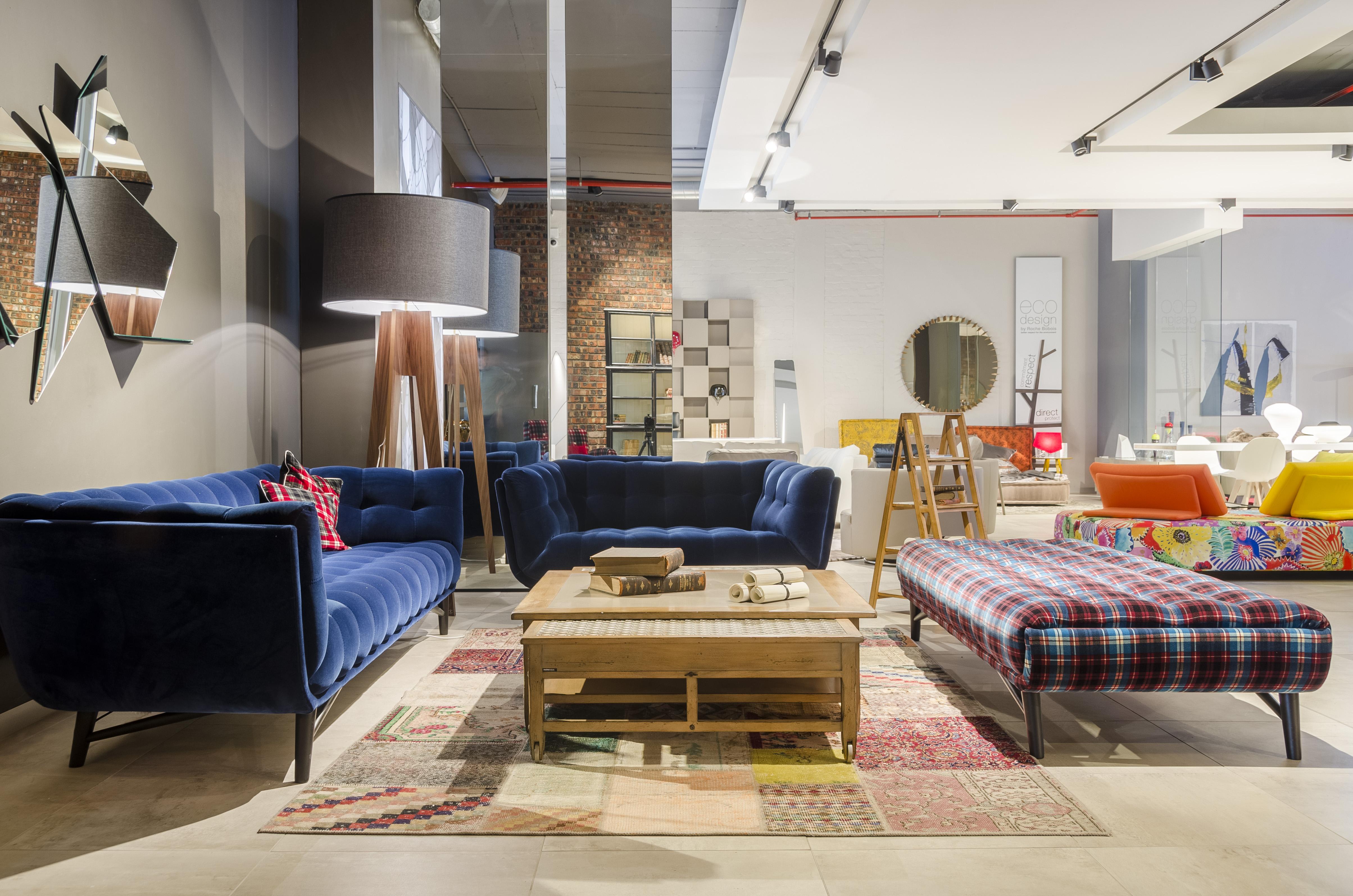 ameublement roche bobois acc l re son d veloppement l. Black Bedroom Furniture Sets. Home Design Ideas