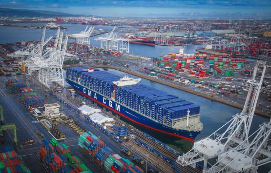Maritime / Etats-Unis : CMA CGM teste à Long Beach son pari sur les géants des mers