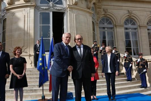 Gouvernement : le Commerce extérieur sans portefeuille, Business France sans dirigeant