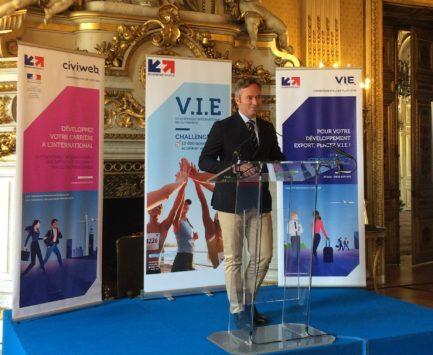 RH / International : nouveaux objectifs et nouveau logo pour le V.I.E
