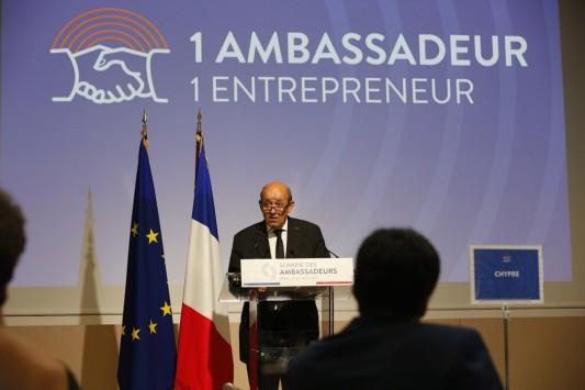 Commerce extérieur / Diplomatie : changement dans la continuité au Quai d'Orsay