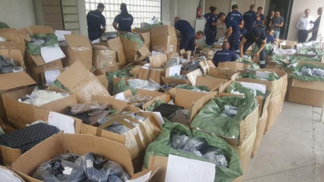 Contrefaçon : 61 500 articles de 30 marques dans l'escarcelle des douaniers