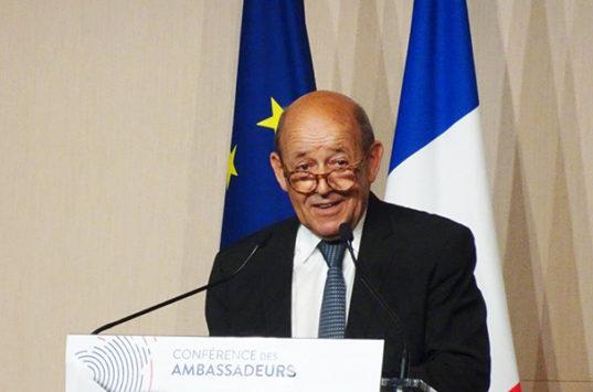 Conférence des ambassadeurs : pour J-Y. Le Drian, la bataille de l'export débute en région