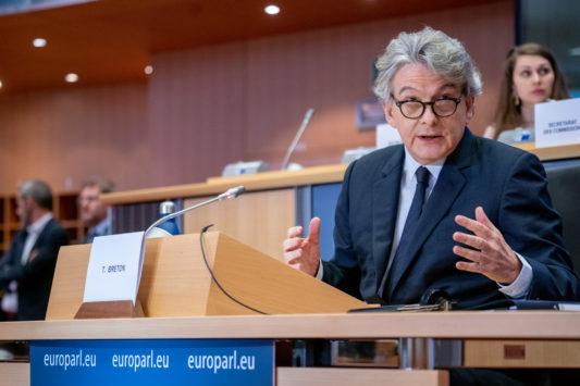 Commission européenne: T. Breton fait son entrée mais devra imposer sa marque