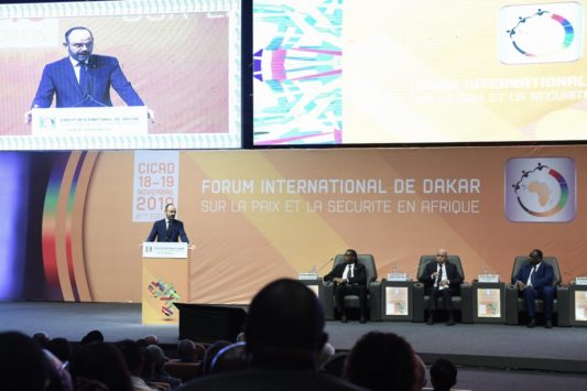 France / Sénégal: E. Philippe à Dakar pour confirmer la première place de Paris