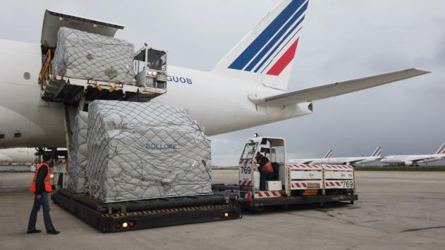 Enquête : comment le transport cargo survole la crise du secteur aérien